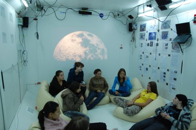 Warsztaty na Youth Space Station.JPG