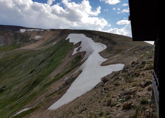 rocky-mountain-snieg.jpg